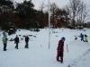Nu är det snöbollskrig