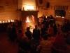 Släckta lampor under Earth Hour spelar ingen roll när man har lägerbål